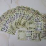 10.000 roepies= 135 euro
