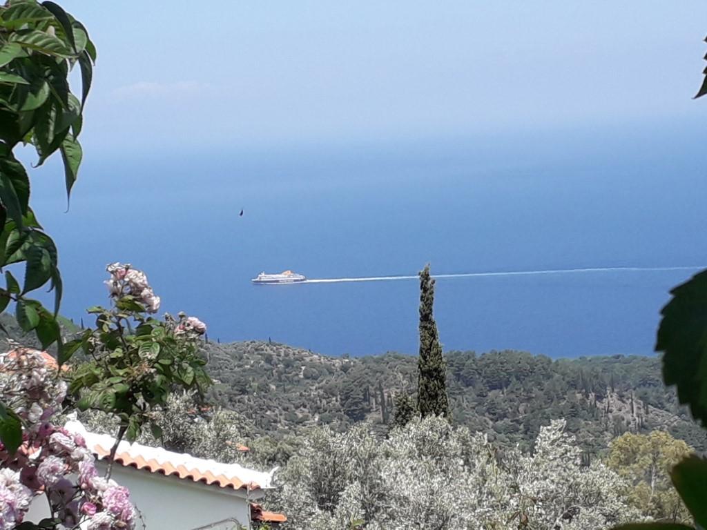 Ferry van en naar Samos